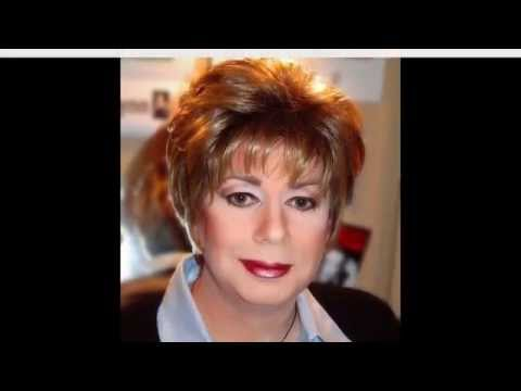 Short Hairstyles for Oval Faces Over 50 - YouTube