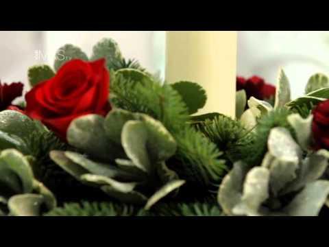 christmas table decorations m s christmas plant. Black Bedroom Furniture Sets. Home Design Ideas