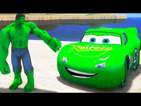 O Incrível Hulk em Português! Hulk Esmaga Carros com Relâmpago McQueen Verde!