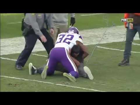 Antone Exum Tackles Idiot Fan On Field in Oakland HD