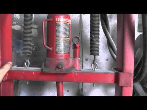 видео: Гидравлический пресс в гараж. hydraulic press in the garage