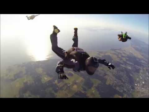 Ao Sucesso Com HollyWood Cutting Crew I Just Died In Your Arms Tonight SkyDiving WingSuit Extrem
