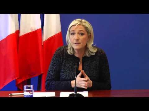 Conférence de presse de Marine Le Pen sur l'actualité.