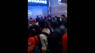 Download lagu Lowyat fight ends in disaster MP3