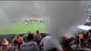 Konyaspor Taraftarı Yangın Tüpü İle Kutlama Yaptı