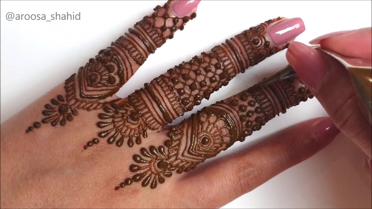 Intricate simple finger mehendi design