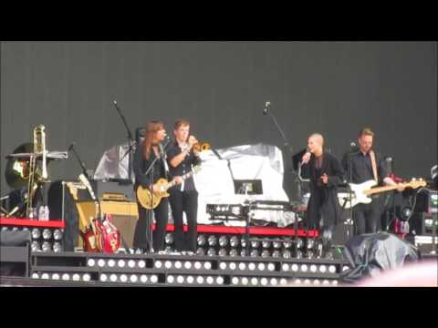 The band Kovacs with there new song Spider, Goffertpark (Nijmegen) 4 July 2017