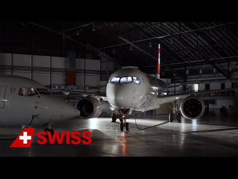 Avro RJ100 – an aircraft legend leaves the SWISS fleet | SWI