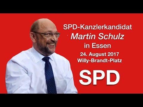 Essen 24.8.2017 - Martin Schulz SPD Kanzlerkandidat am Willy-Brandt-Platz in Essen