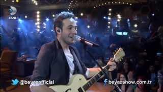 Oğuzhan Koç - Her Aşk Bir Gün Biter (HD) Canlı  Beyaz Show 2014 Kopyası