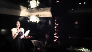 ピアノラウンジJJ・星野里朱 歌舞伎町のオアシス・シックな大人空間で...