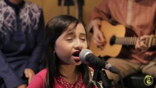 Download lagu Alyssa Dezek Menyambut Hari Raya MP3