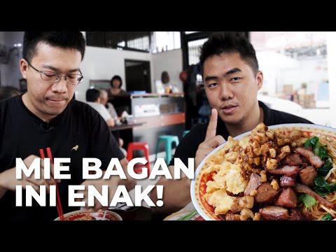 Alamak! Begini Caranya Makan Mie Bagan...