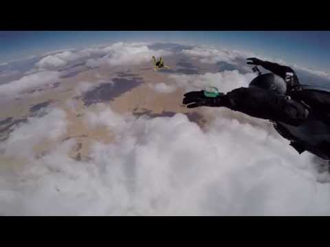 Awesome Skydive turns bad with Malfunction and Cutaway