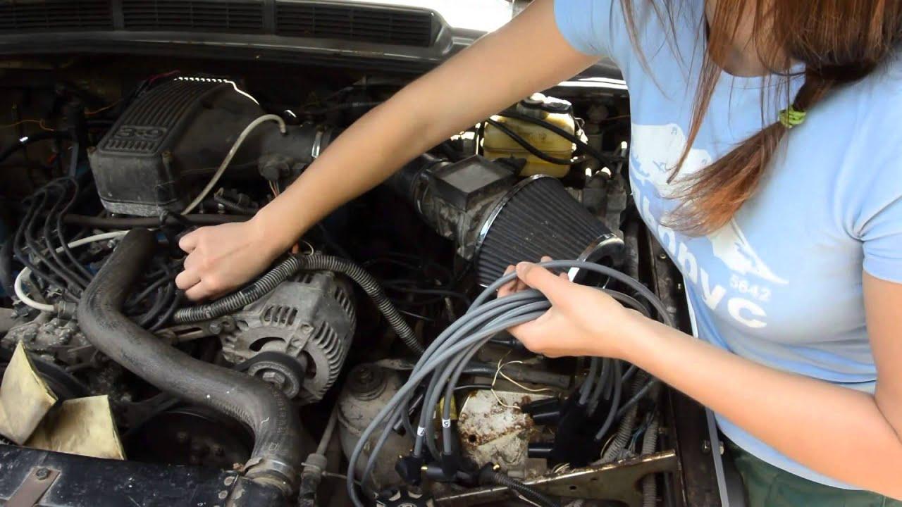 Силикон под капотом или замена высоковольтных проводов. Range Rover Classic