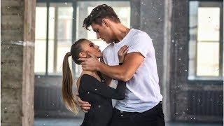 Алексей Воробьёв устроил страстные танцы в новом клипе «Отдал тебе сердце»