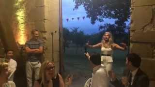 Helene Fischer Double crashes Wedding Party