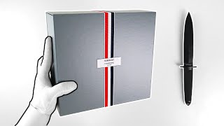 Samsung Galaxy Z Flip Thom Browne Edition Unboxing - $2480 Foldable Phone Box