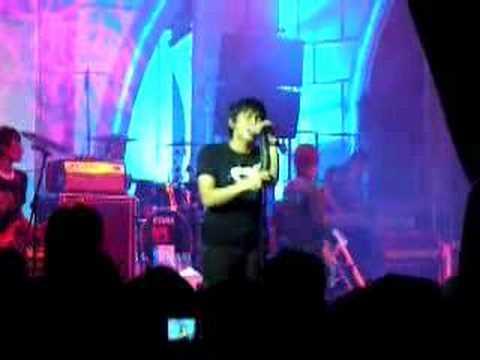 Peterpan - Di Balik Awan Live