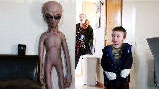 Alien Baby Scare Hidden Camera Practical Joke