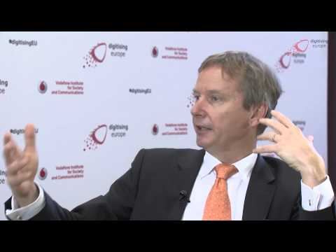 "Interview with Prof. Gerhard Fettweis (Vodafone/TU Dresden) at the ""digitising europe"" summit"