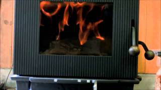 Repeat youtube video 薪ストーブAGNI 着火からオーロラ燃焼までの炎20130708