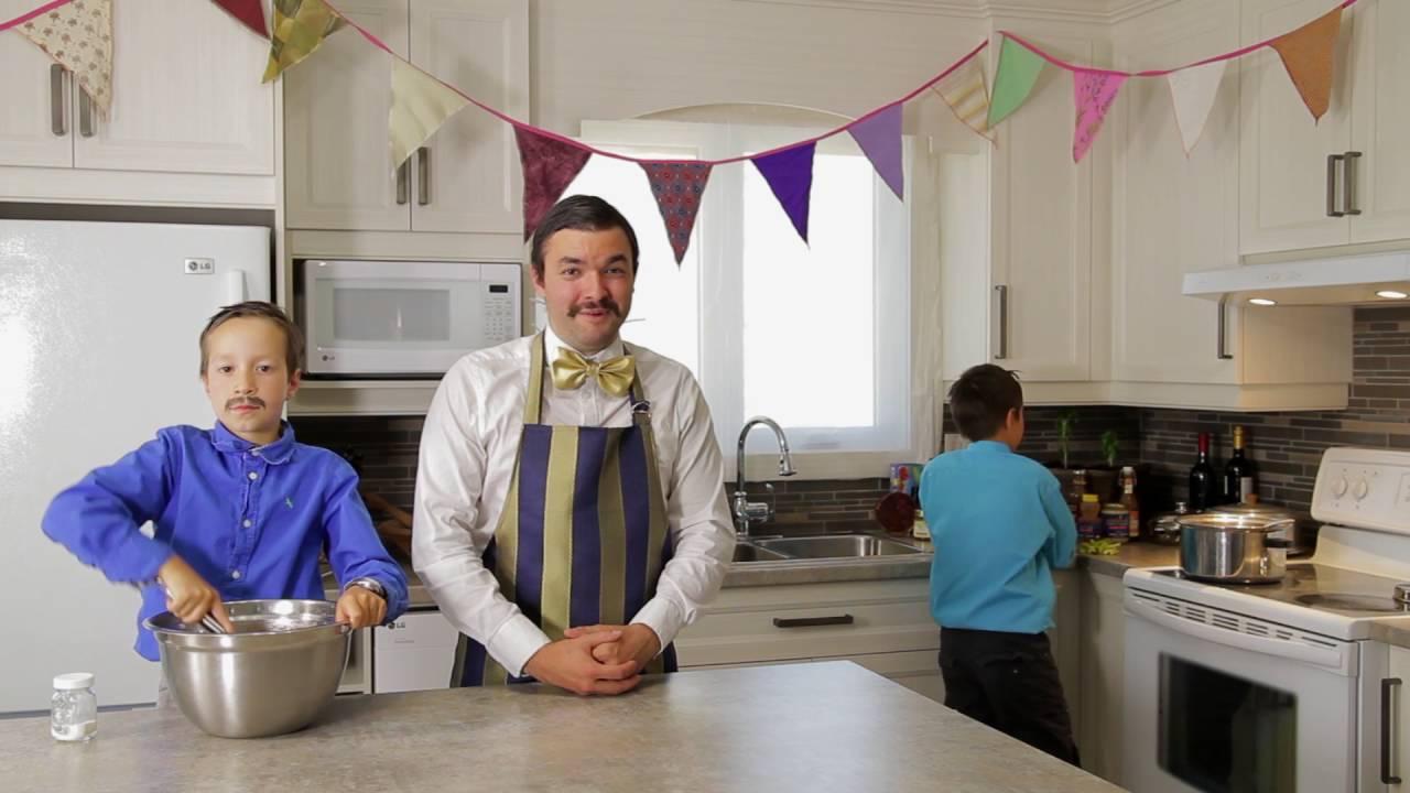 Les petits chefs atelier de cuisine pour enfants youtube - Atelier de cuisine pour enfants ...