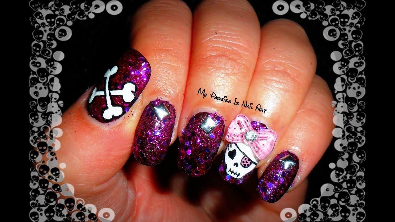 Cute Halloween Skull with pink bow - tutorial nail art ...