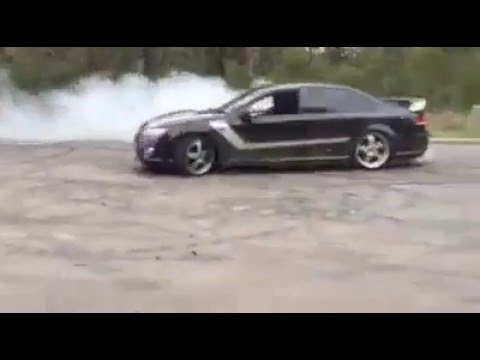 Ford FG GT street burnout