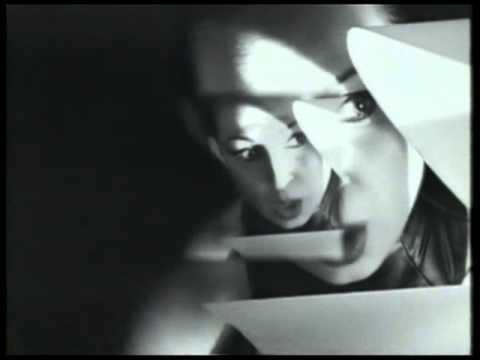 13. Die Form - The Hidden Cage