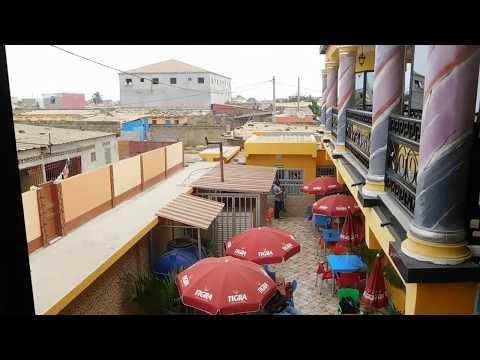 Guest House Afro Chic e Hotel, Restaurante en Angola