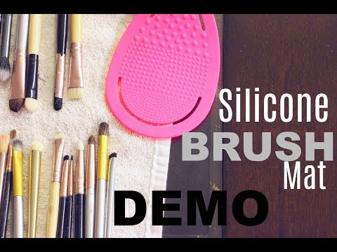 How To Clean Makeup Brushes...QUICKLY   beautyblender Mat
