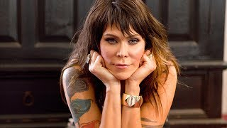 Beth Hart: Caught Out in the Rain