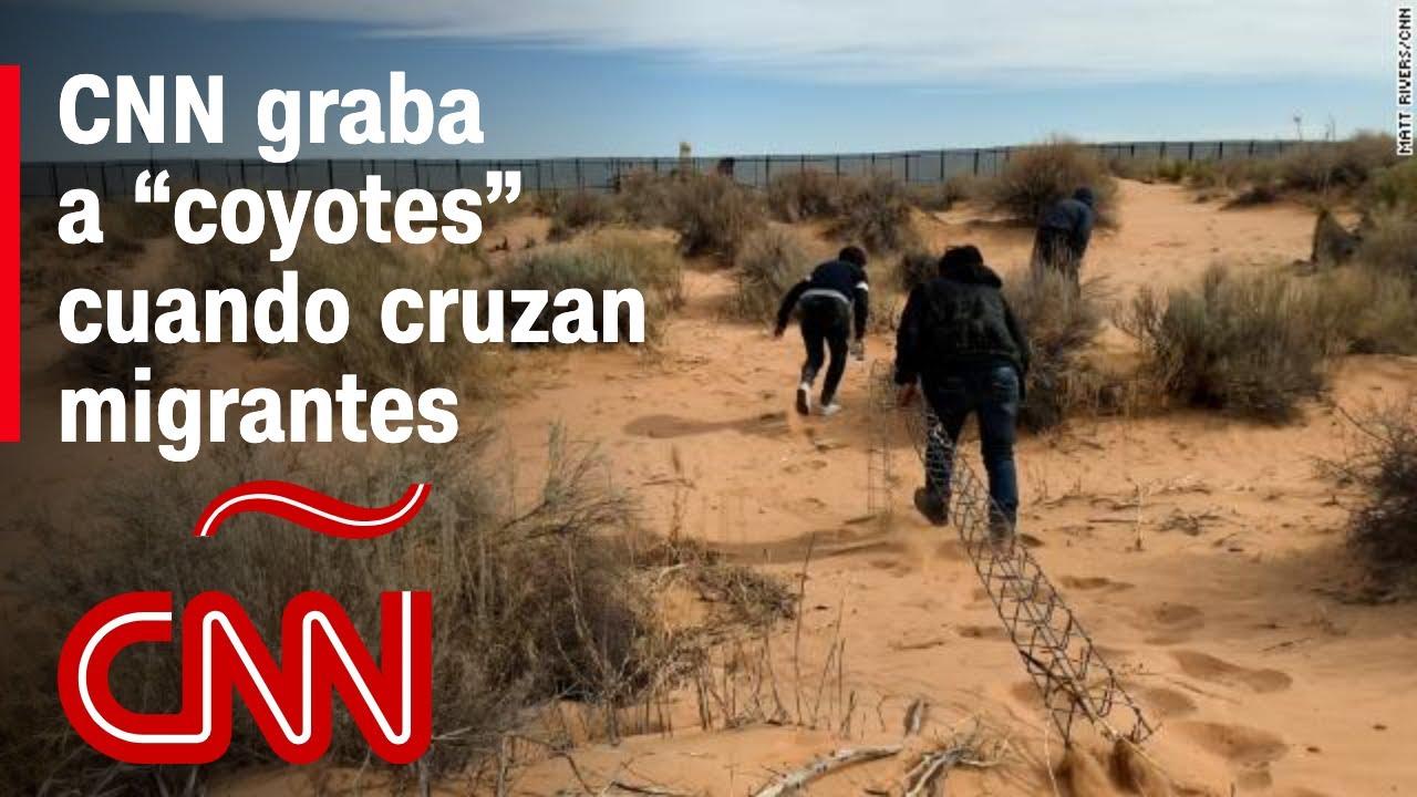 """Download Así cruzan los """"coyotes"""" a personas en la frontera: CNN graba operación de tráfico de inmigrantes"""
