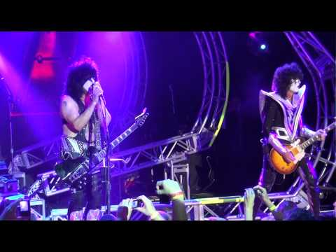 "KISSONLINE EXCLUSIVE: KISS ""THE OATH"" FROM KISS KRUISE III 2013"