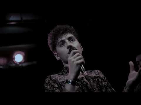 Greta Van Fleet- Black Smoke Rising (live)