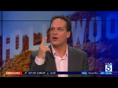 "Diedrich Bader Talks ""American Housewife"" & the Star that Gave Him Chills"