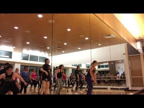 Oh Mama Shake That Booty   Martin Silence ft. Lunar - Dance Fitness