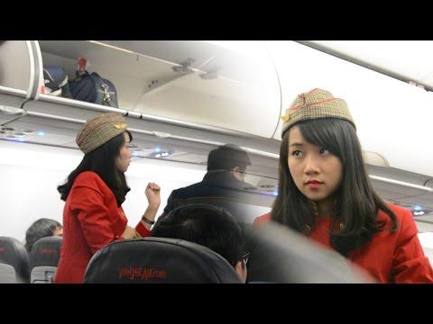 Tiếp viên Vietjet Air xinh quá - Vietnamese flight attendant