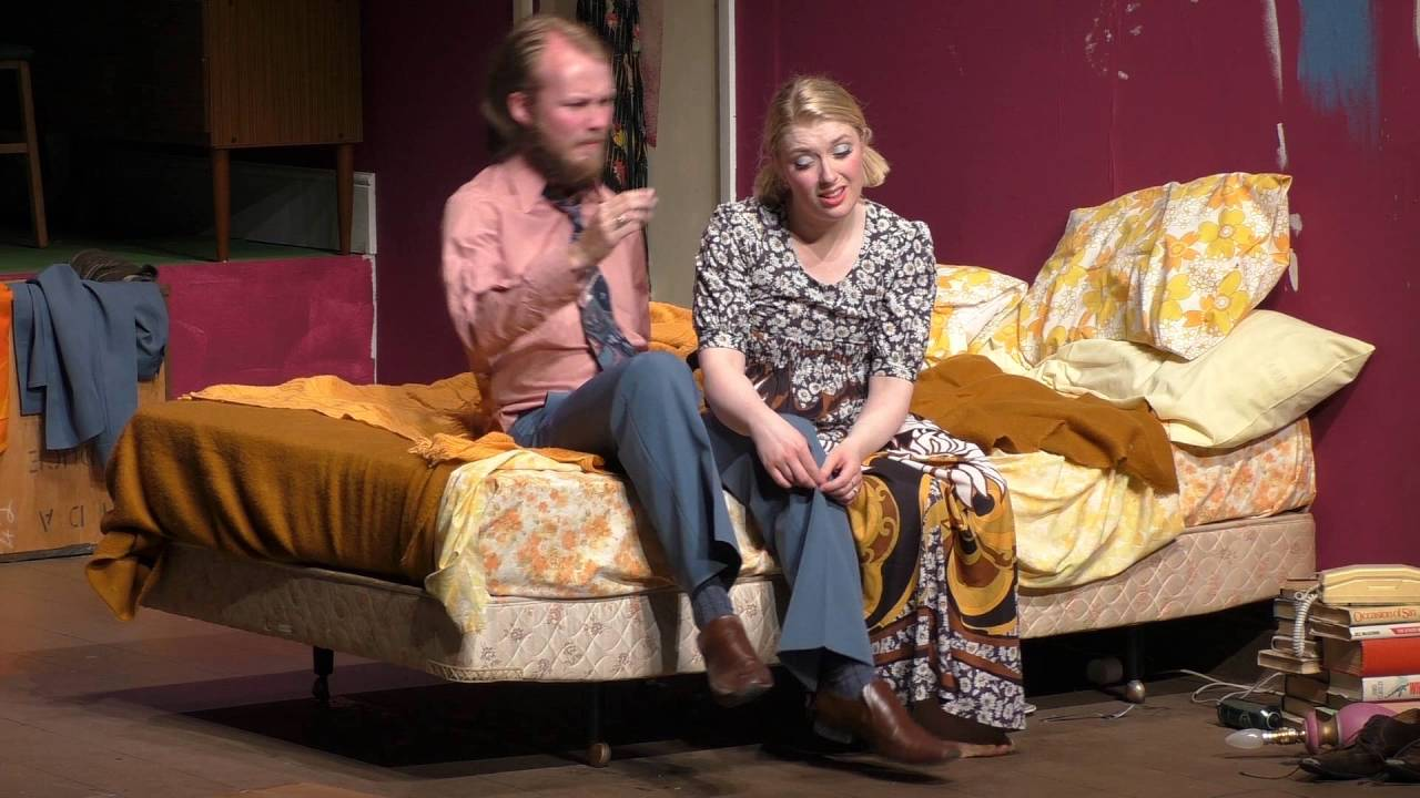 Bedroom farce by alan ayckbourn youtube for Farcical comedy plays