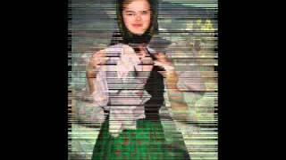 Mariuca Bandrea - Mamuca o fata ai .