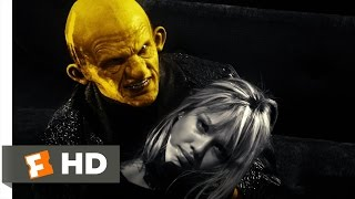 Sin City (10/12) Movie CLIP - That Yellow Bastard (2005) HD