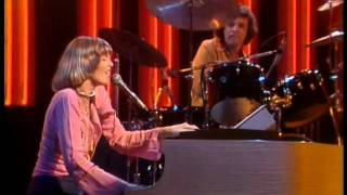 The Midnight Special More 1975 04 Captain Tennille Love Will Keep Us Together
