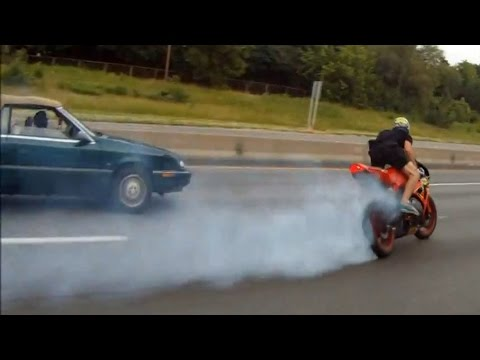 Video: Motorcycle Gymkhana Crash On Highway at Onroaders Play | Onroaders