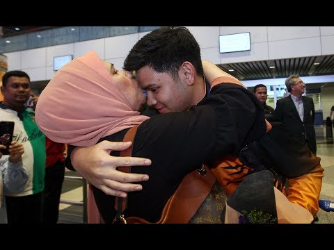 Heroes welcome for Malaysia's bowling champions