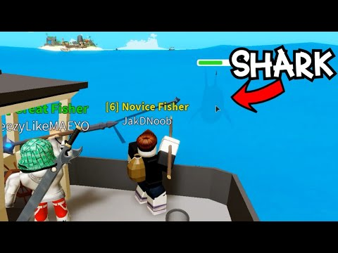 NOOB FIRST TIME PLAYING Fishing Simulator Attacked By Shark! |