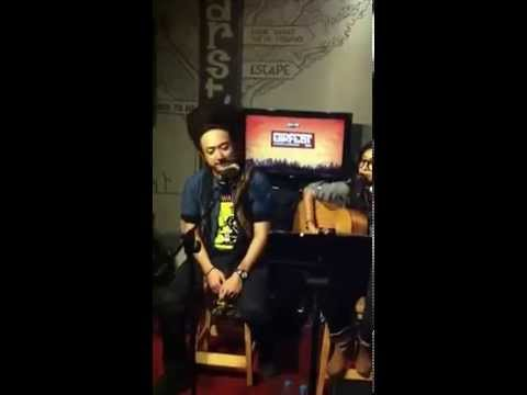 Ras Muhamad & Endah N Rhesa 'Live Acoustics in Ear House' - KEMBALI -