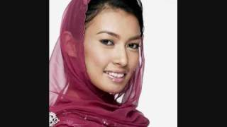 Watch Misha Omar Halaman Cinta video