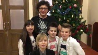 Рома Жуков и Джинсовые Мальчики поздравляют с Новым Годом! /Jeans Boys & Roma Zhukov Happy New Year