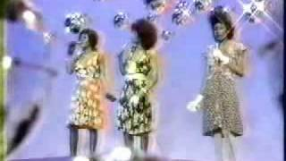 "The Pointer Sisters on Sesame Street: ""Hush Little Baby"""